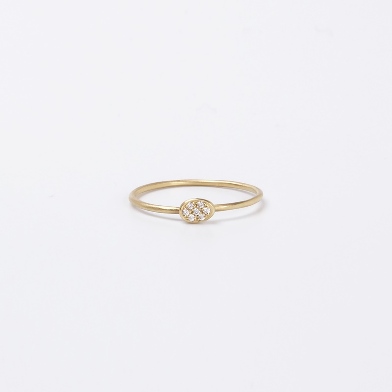 Thin Oval element ring with Diamonds
