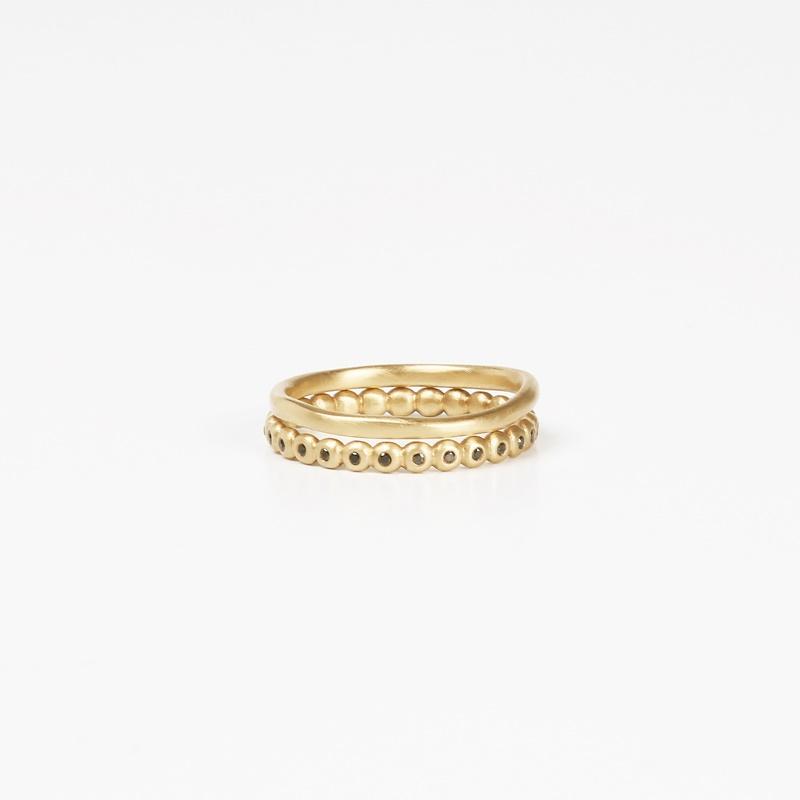 טבעת עיגולים יהלומים שחורים