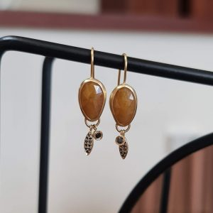 Yellow Sapphire earrings with a hanging elements